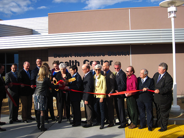 DHS Community Health & Wellness Center Ribboncutting (4078)