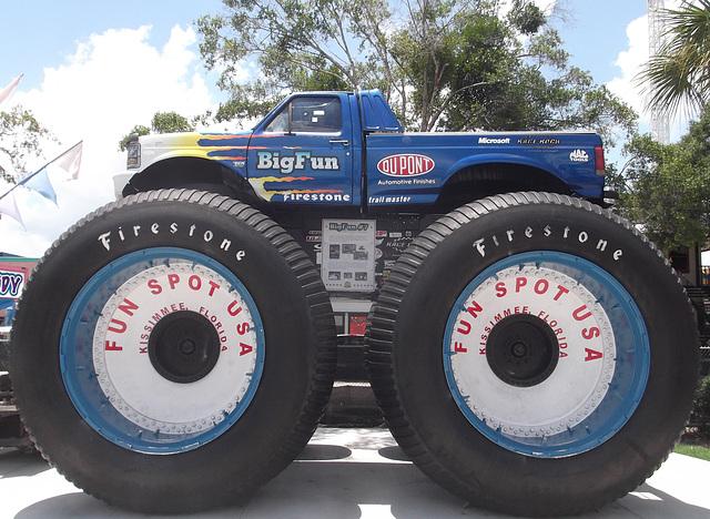 Firestone Big Fun small truck / Hautement caoutchouté - 25 juillet 2012.