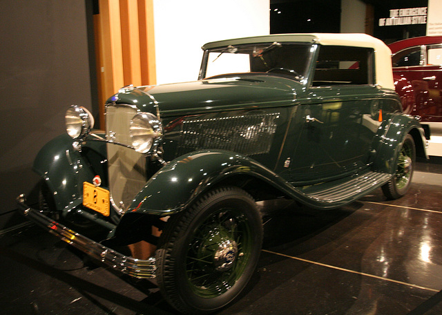 1932 Ford V8 by Pinin Farina - Petersen Automotive Museum (8062)