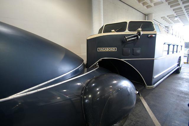 1938 Reo - Petersen Automotive Museum (7934)