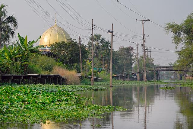 Alhuda mosque in Minburi