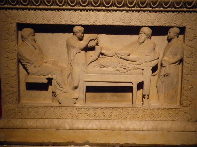 Sarcophages de Sidon 9