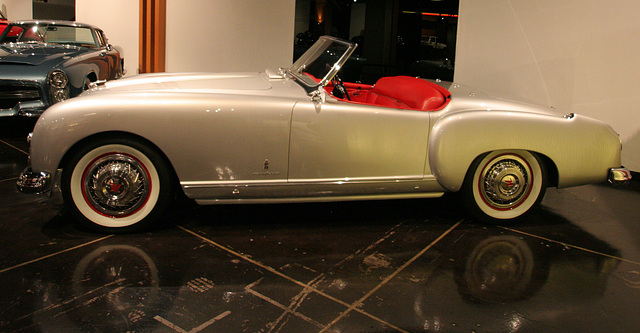 1953 Nash-Healey by Pinin Farina - Petersen Automotive Museum (8096)