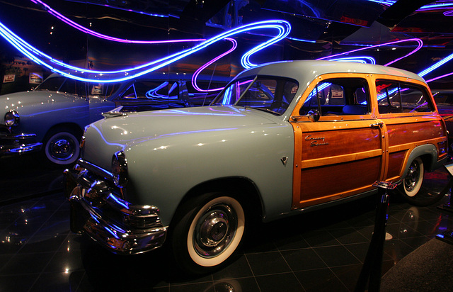 1951 Ford Country Squire - Petersen Automotive Museum (7971)