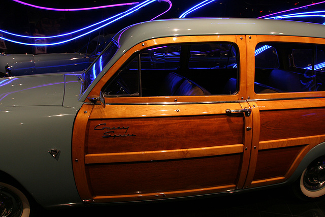 1951 Ford Country Squire - Petersen Automotive Museum (7972)