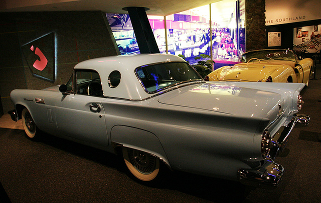 1957 Ford Thunderbird - Petersen Automotive Museum (8039)