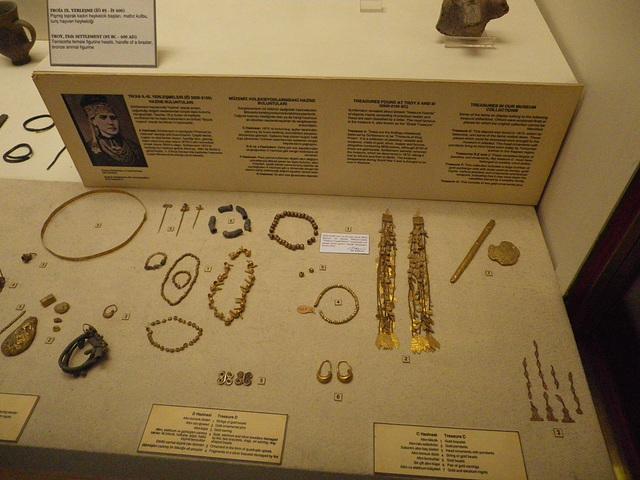 Les bijoux d'Hélène.