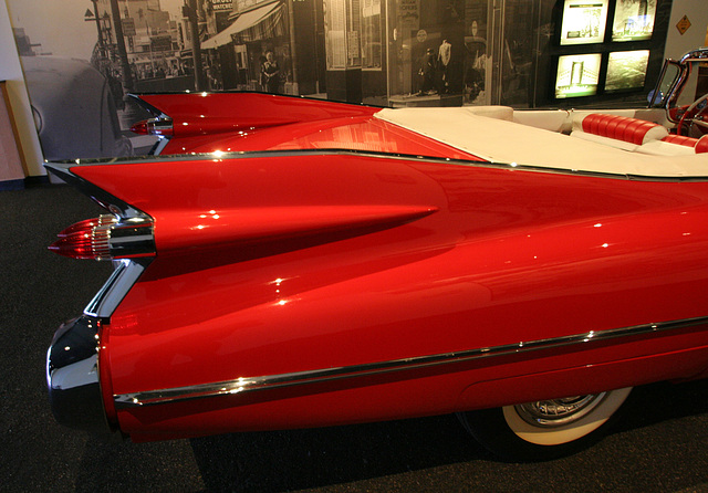1959 Cadillac Series 62 Convertible - Petersen Automotive Museum (8029)