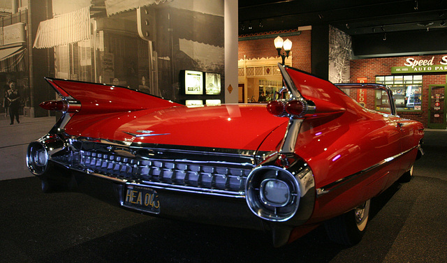 1959 Cadillac Series 62 Convertible - Petersen Automotive Museum (8031)