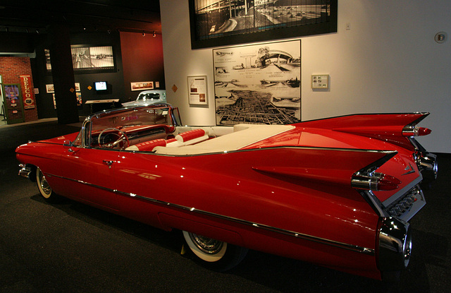 1959 Cadillac Series 62 Convertible - Petersen Automotive Museum (8035)