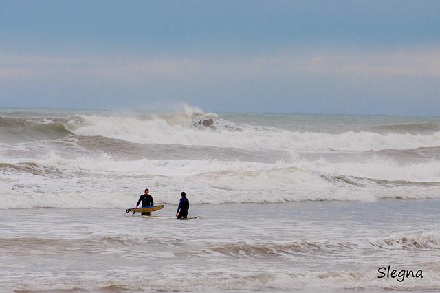 Surfers a la platja