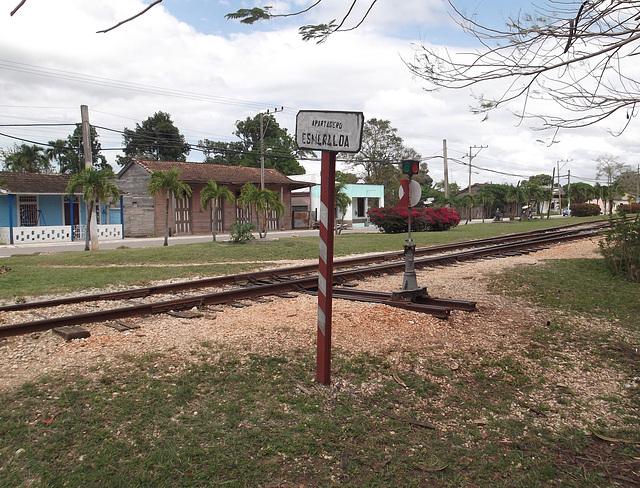 Cuban railroad  / Chemin de fer cubain - 11 avril 2012.
