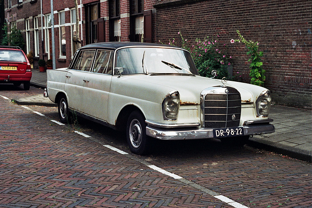 1961 Mercedes-Benz 220 S