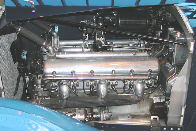 1937 Rolls-Royce Phantom III – Engine block