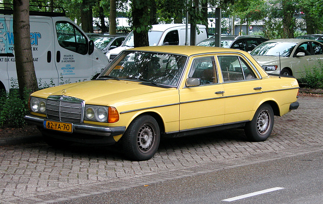 Merc spotting: 1976 Mercedes-Benz 240 D
