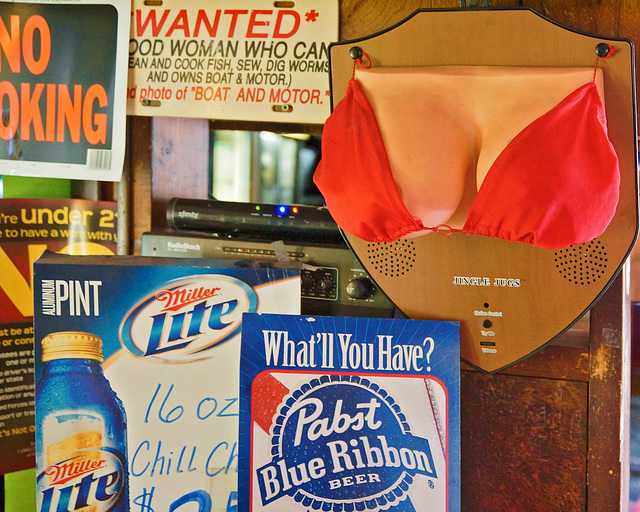 """Jingle Jugs"" – Molnar's Lounge & Restaurant, Elizabeth, Pennsylvania"