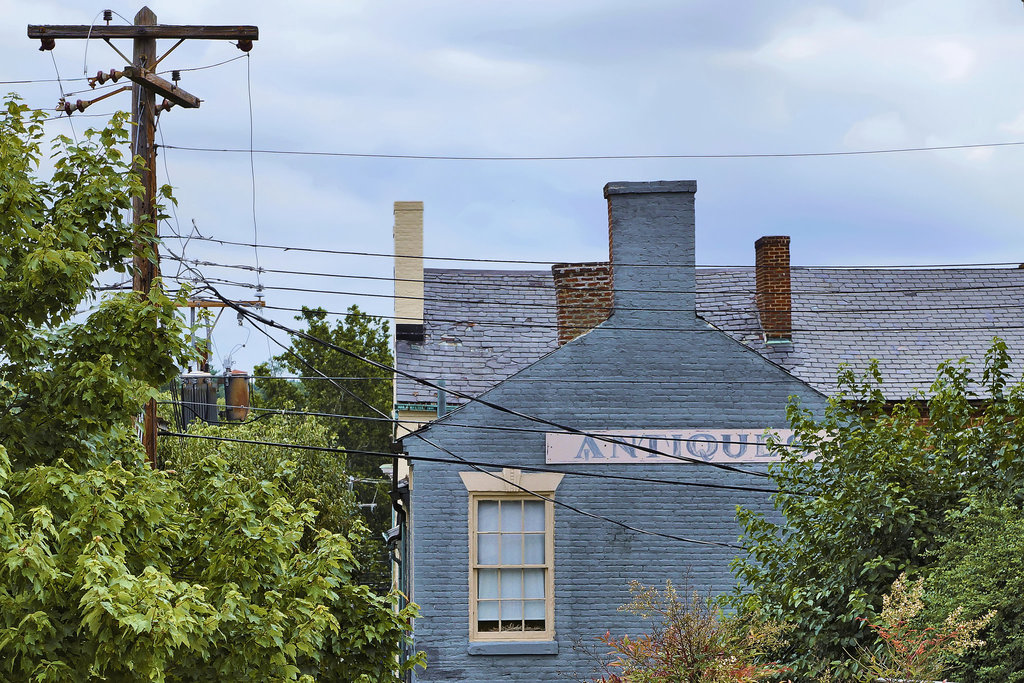 Antiques – George Street, Fredericksburg, Virginia