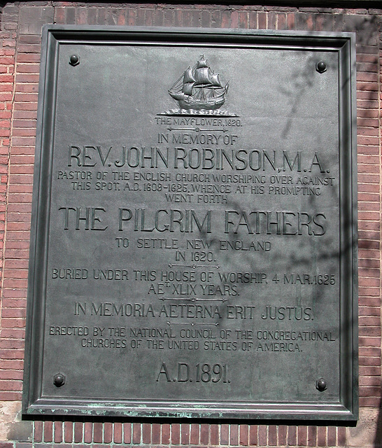 History: Plaque remembering rev. John Robinson