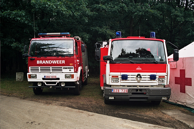 Visiting the Oldtimer Festival in Ravels, Belgium: Steyr and Renault Fire Engines