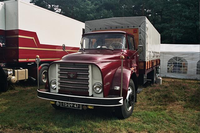 Visiting the Oldtimer Festival in Ravels, Belgium: 1962 DAF A16/DA500 truck