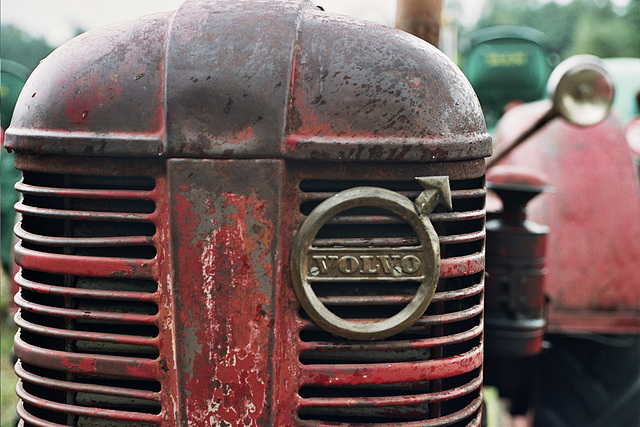 Visiting the Oldtimer Festival in Ravels, Belgium: Volvo tractor