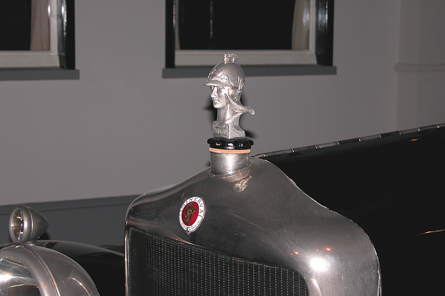 Visiting the Louwman Collection: Radiator cap ornament of a Minerva