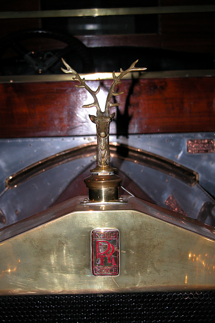 Visiting the Louwman Collection: Radiator cap ornament of a Rolls Royce
