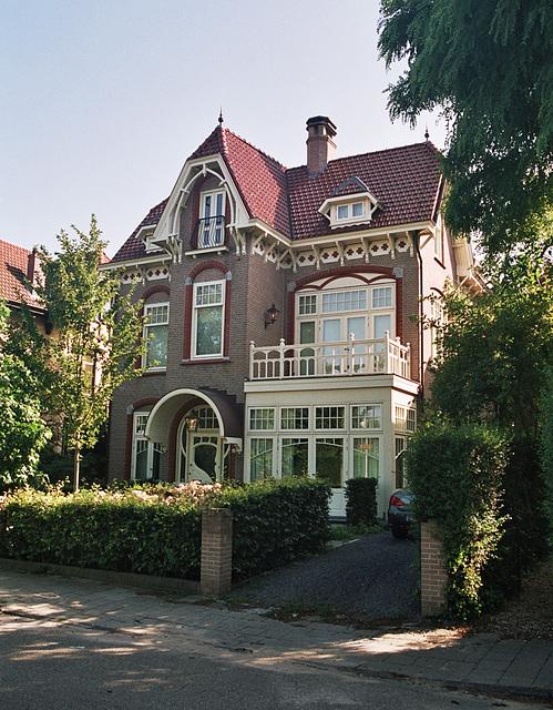 Bloemendaal: House