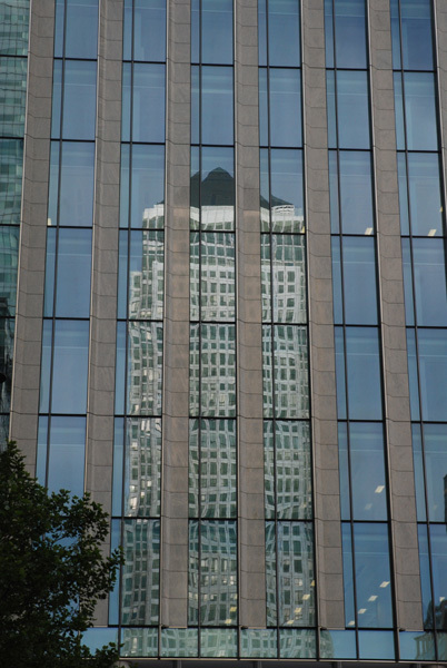 Canary Wharf tower reflection