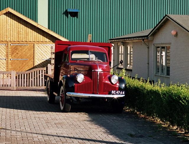 1947 Studebaker M15A truck