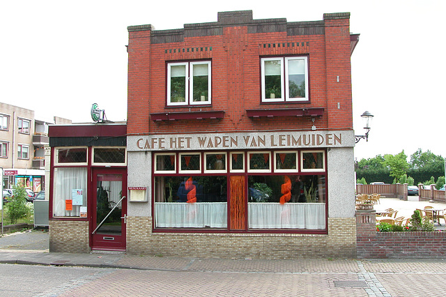 A day in the country: the pub of Leimuiden