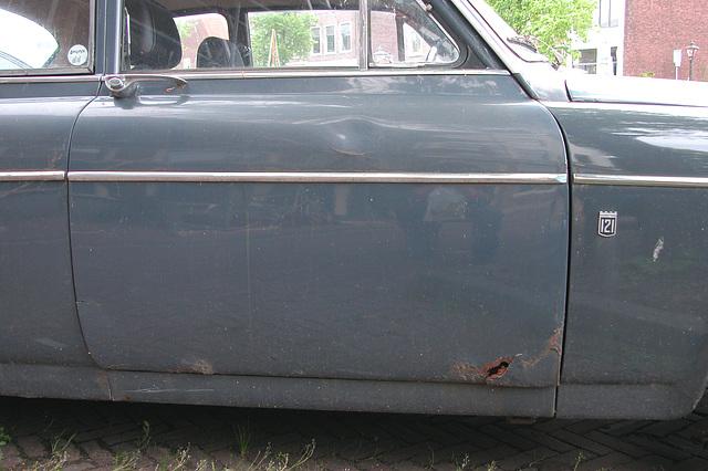 1965 Volvo 121 in my neighbourhood: happily rusting away