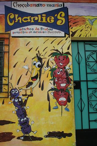 """""""Pinchos de Frutas"""" Shop in Ataco"""