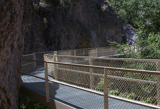 Catwalk, Gila National Monument, NM (3341)