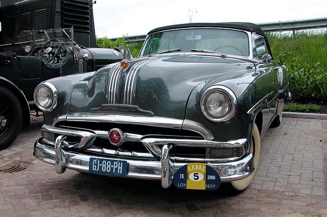 1953 Pontiac 27