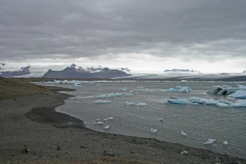 Ice filled lagoon