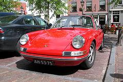 A visit to Wijk bij Duurstede - 1970 Porsche 911 T Targa
