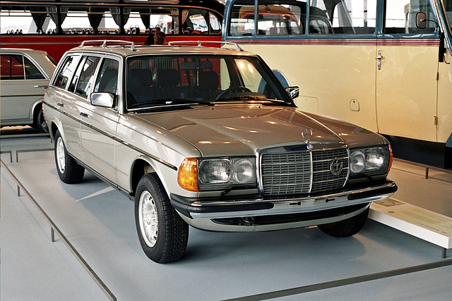 Visiting the Mercedes-Benz Museum: 1985 Mercedes-Benz 300TD (W123)