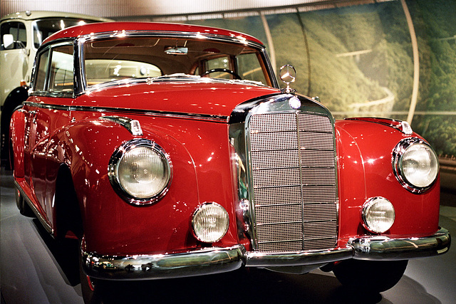 Visiting the Mercedes-Benz Museum: Mercedes-Benz 300
