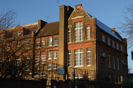 Yerbury Road School