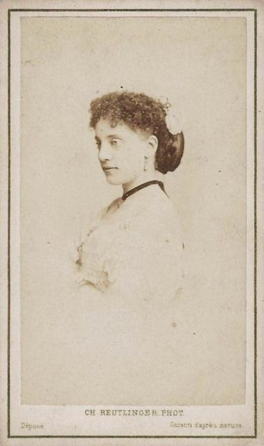 Giuseppina Vitali-Augusti by Reutlinger