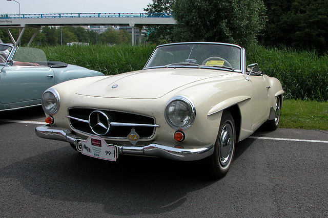Mercs at the National Oldtimer Day: 1959 Mercedes-Benz 190 SL
