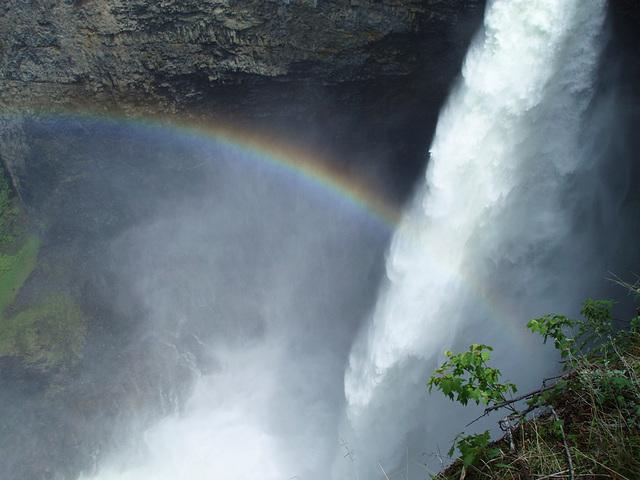 Rainbow over Helmcken Falls