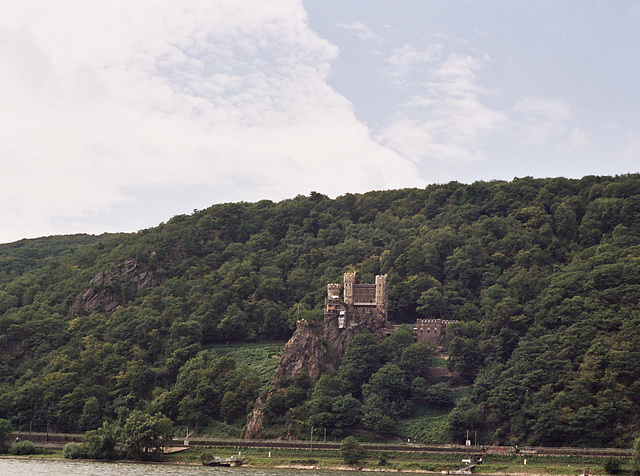 Visiting the Rhine valley in Germany: One of the many castles