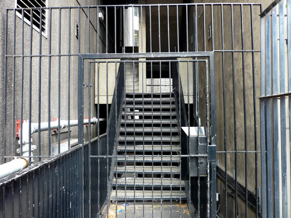 Gated stairs