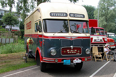 Heavy vehicles at the National Oldtimerday: 1962 M.A.N. 770
