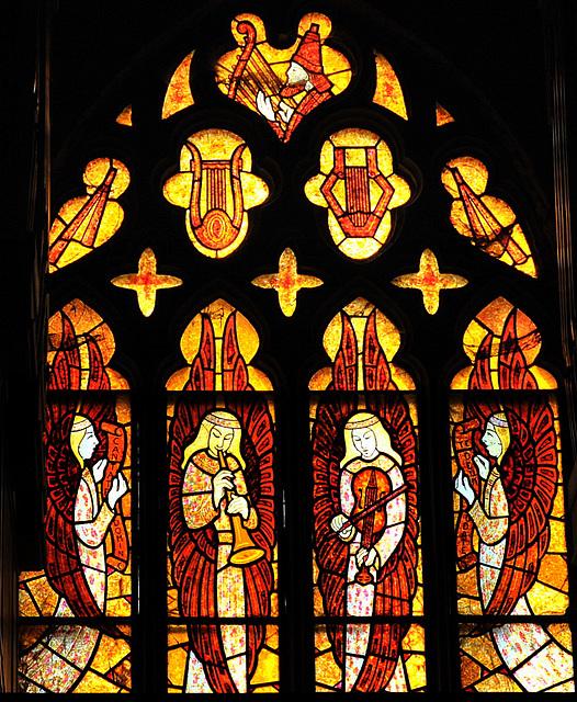 Anges musiciens par F. Décorchemont - Eglise de Beuzeville