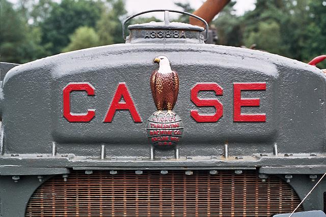 Visiting the Oldtimer Festival in Ravels, Belgium: Case logo