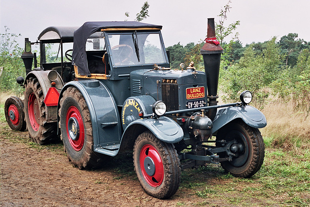 Visiting the Oldtimer Festival in Ravels, Belgium: Lanz Bulldog Convertible tractor