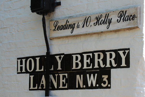 Holly Berry Lane NW3